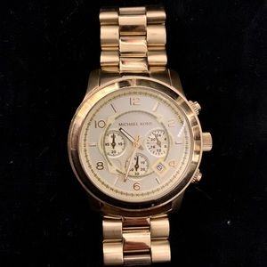 Authentic Gold Micheal Kors Watch (Free ring!)